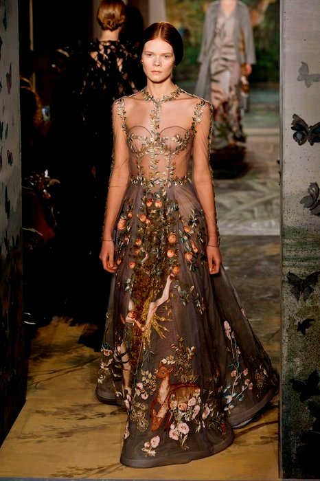 VALENTINO-Couture-Spring-2014-fashiondailymag-sel-3