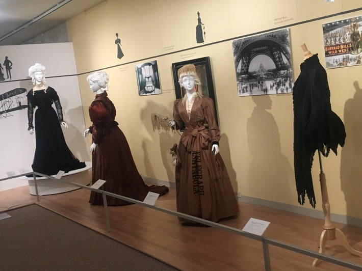 Fashion school museum image 1